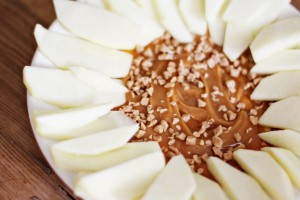 Easy Apples and Caramel Dip