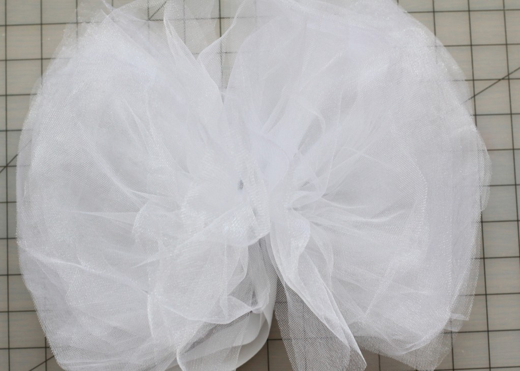 Tulle Pom Tutorial | Love of Home