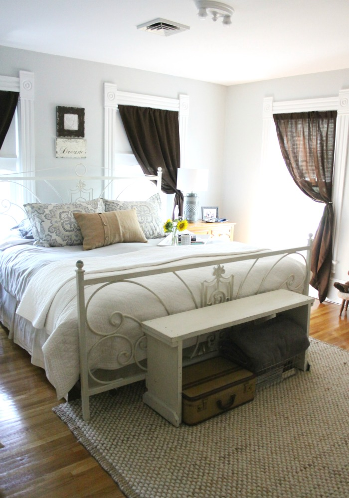 10 Minute Decorating Fall Edition   Love of Home