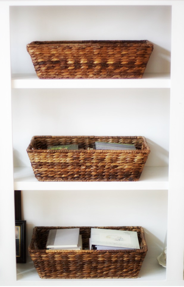 10 Minute Decorating| Basket Organization | Love of Home