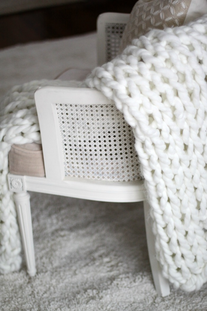 Chunky Arm Knit Throw | Love of Home