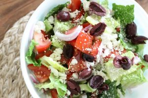 Easy and Delicious Greek Salad
