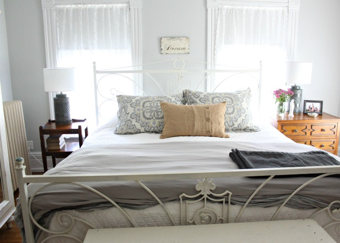 Summer Farmhouse Bedroom. Love of Home