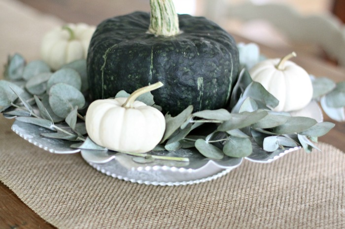 simple-fall-decor-centerpiece