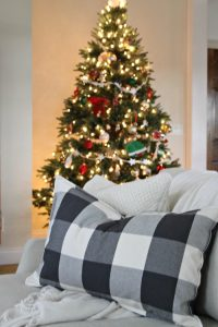 Home For the Holidays:  Tree Classics Christmas Housewalk