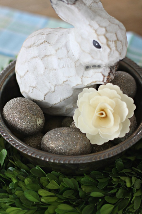 easter bhome centerpiece